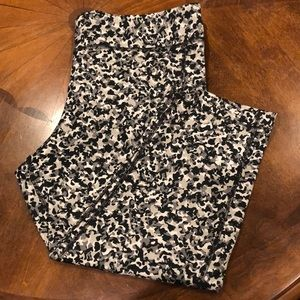 3/4 Under Armour Workout Leggings